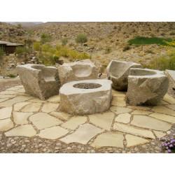 Set de 4 sillones de piedra maciza con mesa/chimenea central